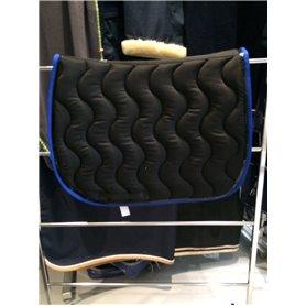Tapis luxe noir galon bleu roi et verni noir