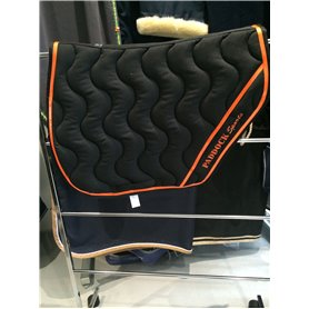 Tapis coupé sports noir avec galon vernis orange