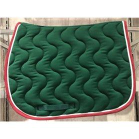 Tapis vert foret avec galon bordeaux et passepoil blanc